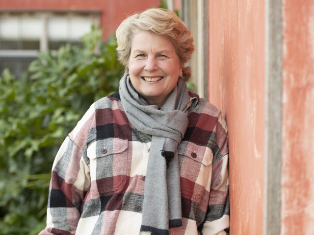 All3Media International comienza a vender 'Extraordinary Tapes with Sandi Toksvig'